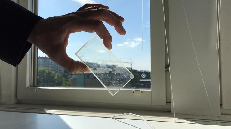 Ny fönsterfilm lagrar solenergi! Ett genombrott!?
